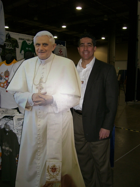 pope%20and%20frank.JPG